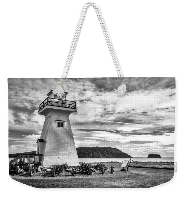 Canada Weekender Tote Bag featuring the photograph Five Islands Lighthouse by Mark Llewellyn