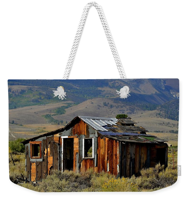 Landscape Weekender Tote Bag featuring the photograph Fixer Upper by Duane Middlebusher