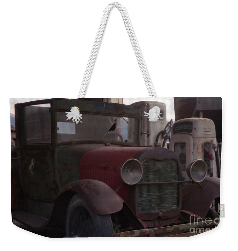Gas Station Weekender Tote Bag featuring the photograph Full Service by Richard Rizzo
