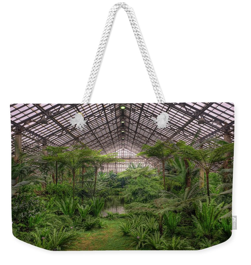 Chicago Weekender Tote Bag featuring the photograph Garfield Park Conservatory Main Pond by Steve Gadomski