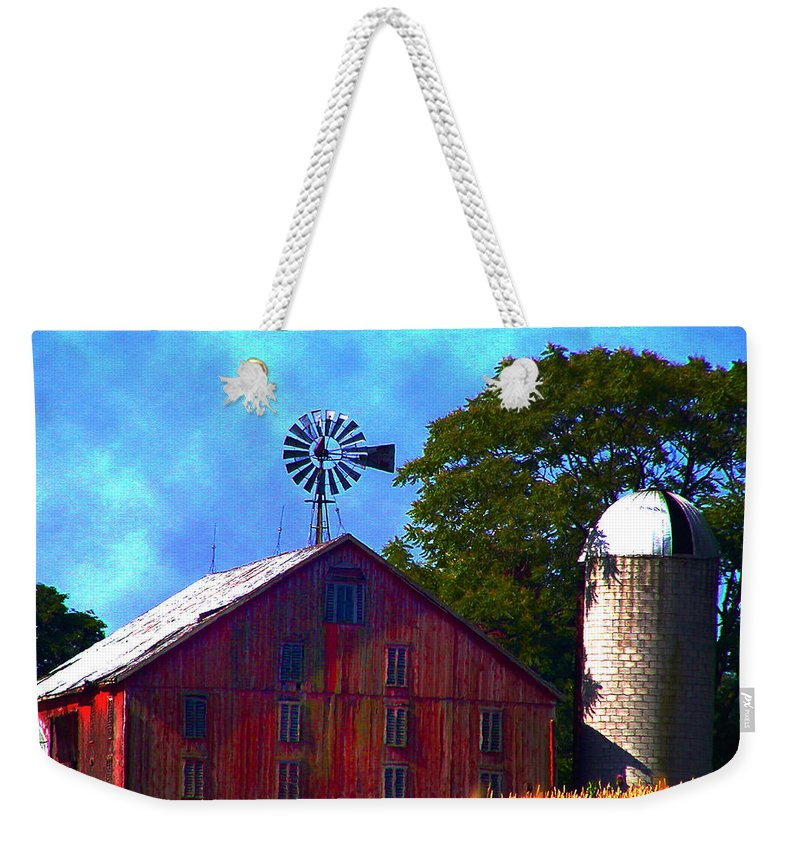 Gettysburg Weekender Tote Bag featuring the photograph Gettysburg Barn by Bill Cannon