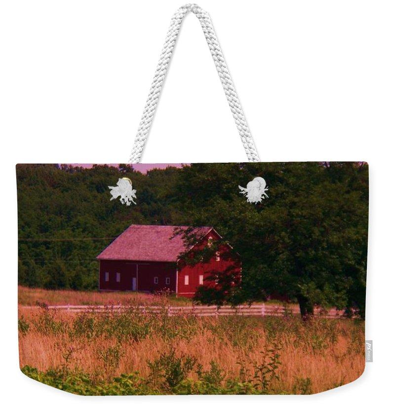 Gettysburg Weekender Tote Bag featuring the photograph Gettysburg Barn by Eric Schiabor