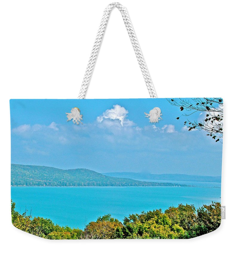 Glen Lake From Pierce Stocking Overlook In Sleeping Bear Dunes National Lakeshore Weekender Tote Bag featuring the photograph Glen Lake From Pierce Stocking Overlook In Sleeping Bear Dunes National Lakeshore-michigan by Ruth Hager