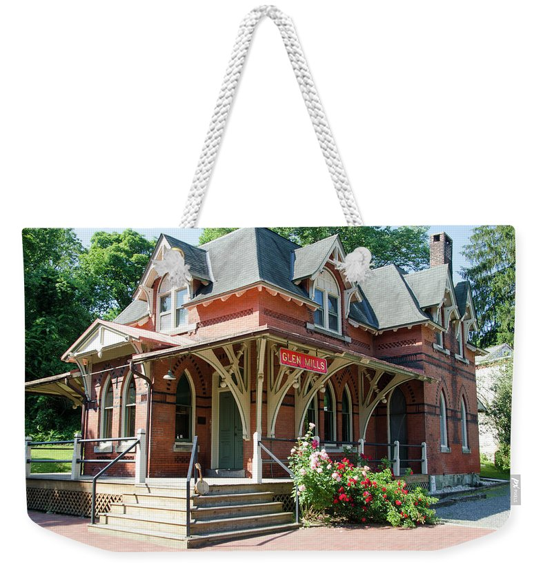 Glen Weekender Tote Bag featuring the photograph Glen Mills Train Station - Chester County Pa by Bill Cannon