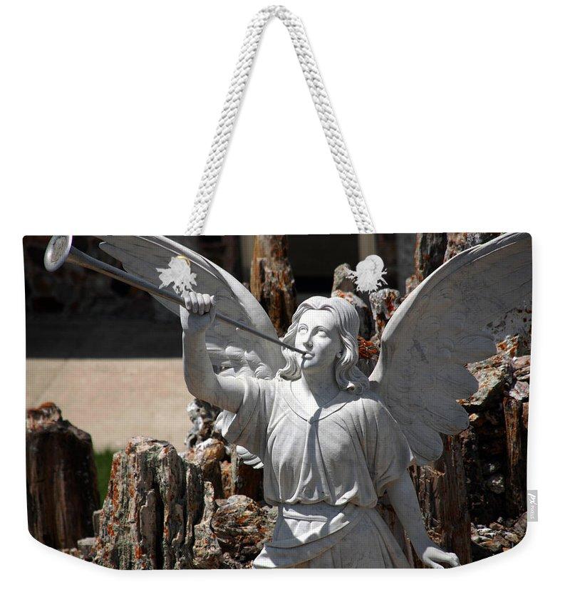 Angel Weekender Tote Bag featuring the photograph Gloria In Excelsis Deo by Susanne Van Hulst