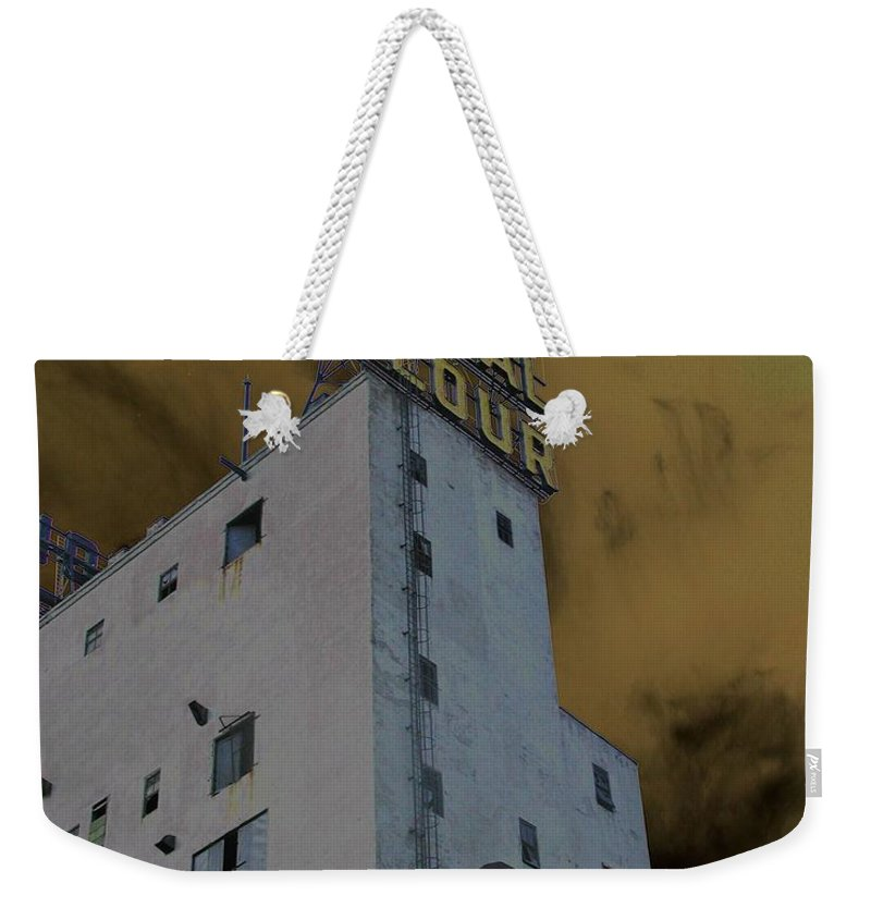Minneapolis Weekender Tote Bag featuring the photograph Gold Medal Flour by Tom Reynen