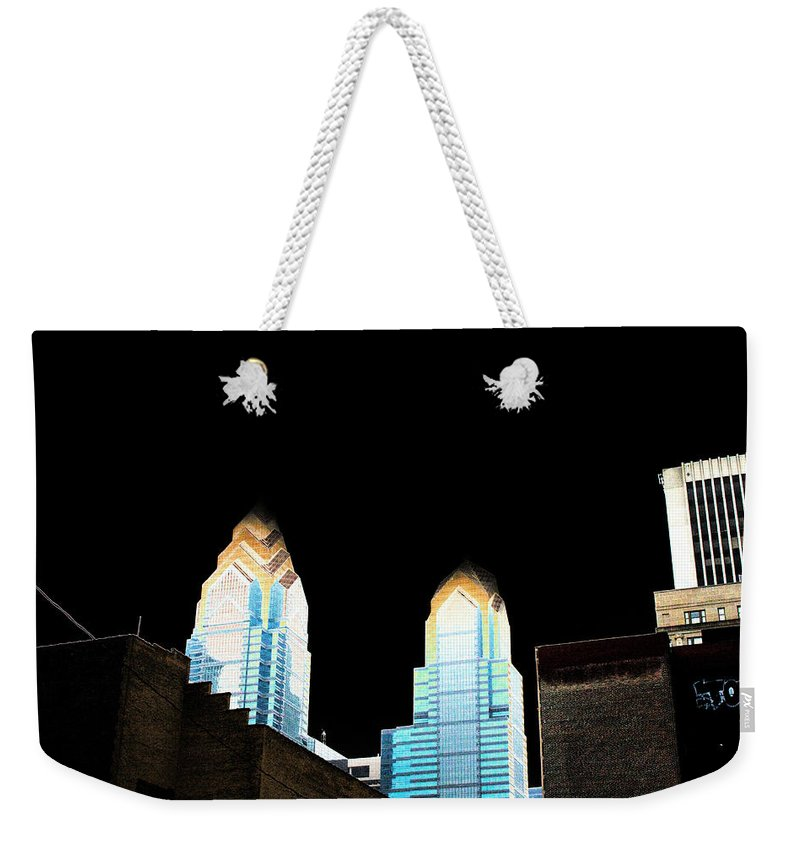 City Weekender Tote Bag featuring the photograph Goodnight Philly by Mike Smale