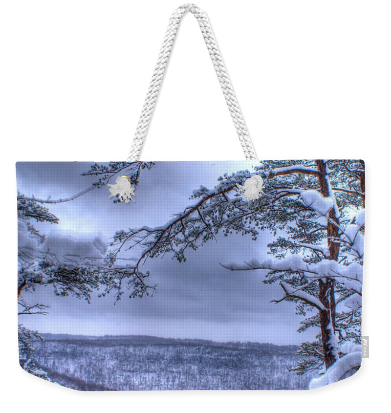Winter Weekender Tote Bag featuring the photograph Gracious Winter by Douglas Barnett