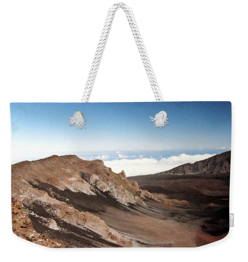 1986 Weekender Tote Bag featuring the photograph Haleakala Crater by Will Borden