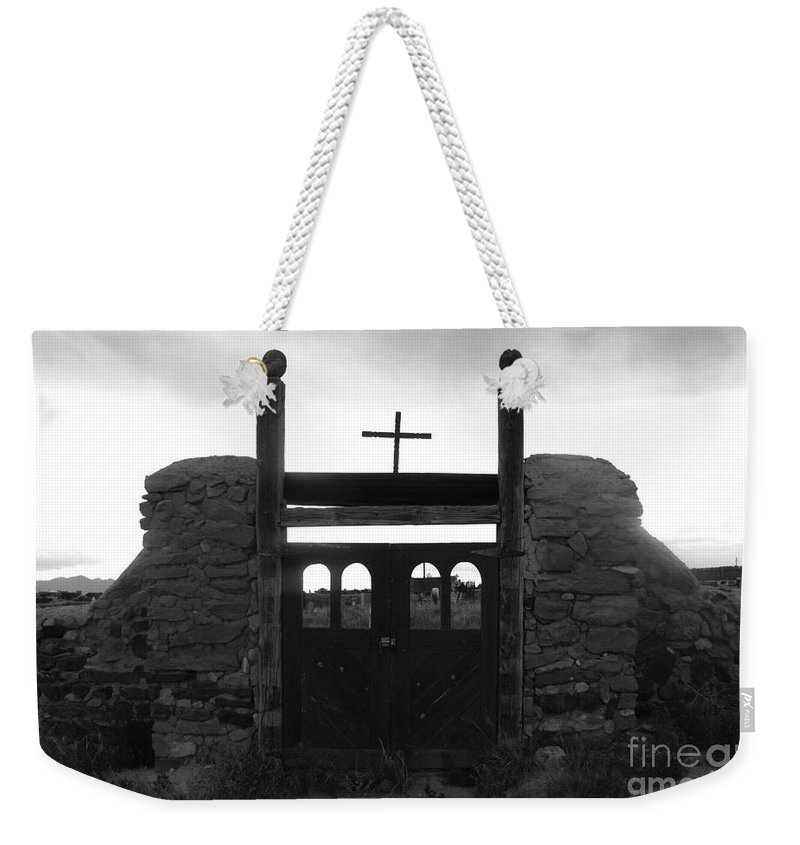 Heaven Weekender Tote Bag featuring the photograph Heaven's Gate by David Lee Thompson