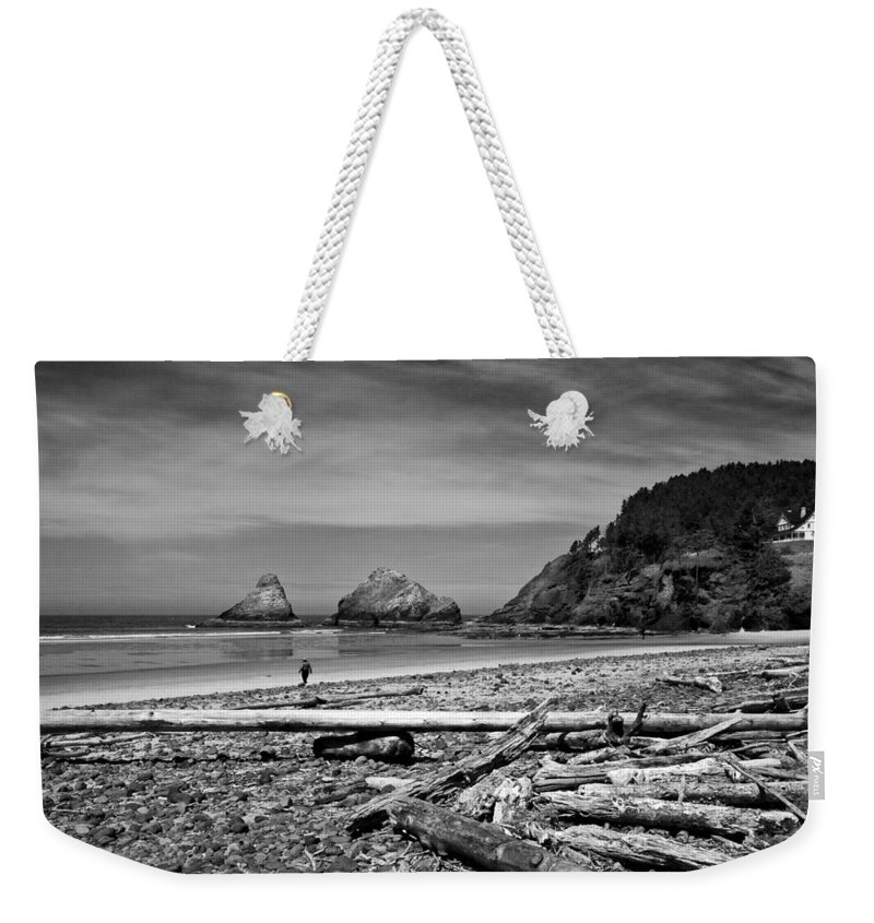 Landscape Weekender Tote Bag featuring the photograph Heceta Head Lighthouse by Lee Santa