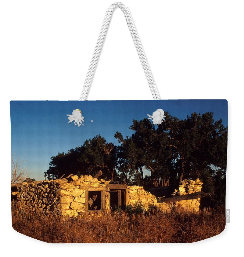 Landscape Weekender Tote Bag featuring the photograph Highway 30 Homestead by Jerry McElroy