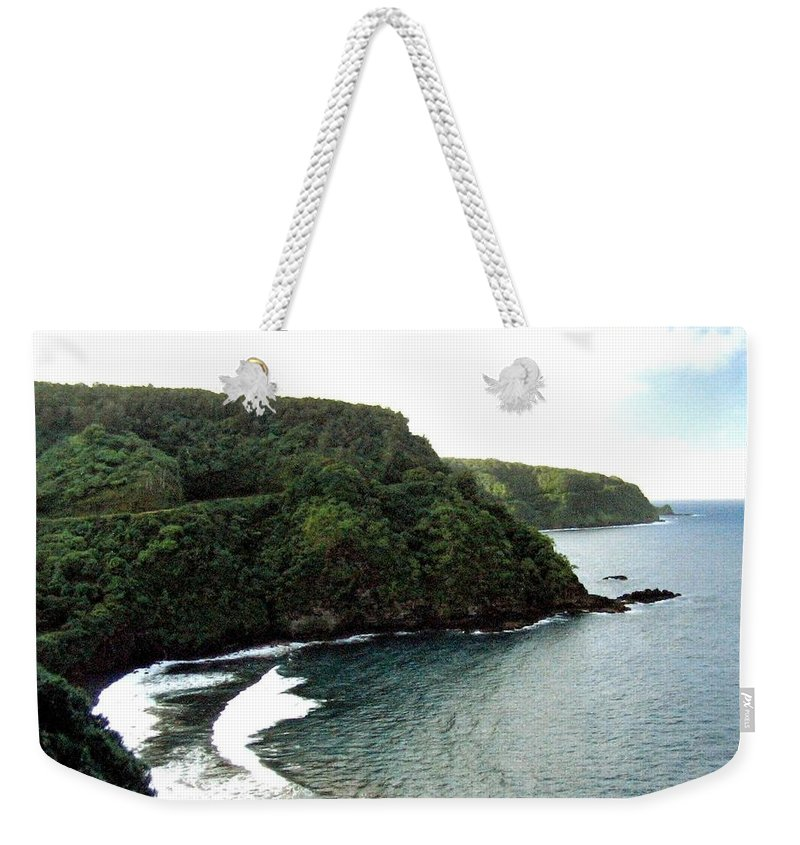 1986 Weekender Tote Bag featuring the photograph Highway To Hana by Will Borden