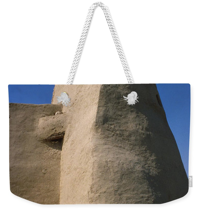 Saudi Arabia Weekender Tote Bag featuring the photograph Hofuf Saudi Arabia by Jerry McElroy