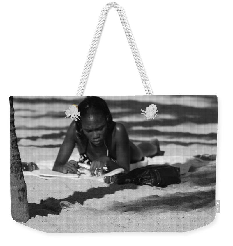 Black And White Weekender Tote Bag featuring the photograph Homework At The Hollywood Beach by Rob Hans