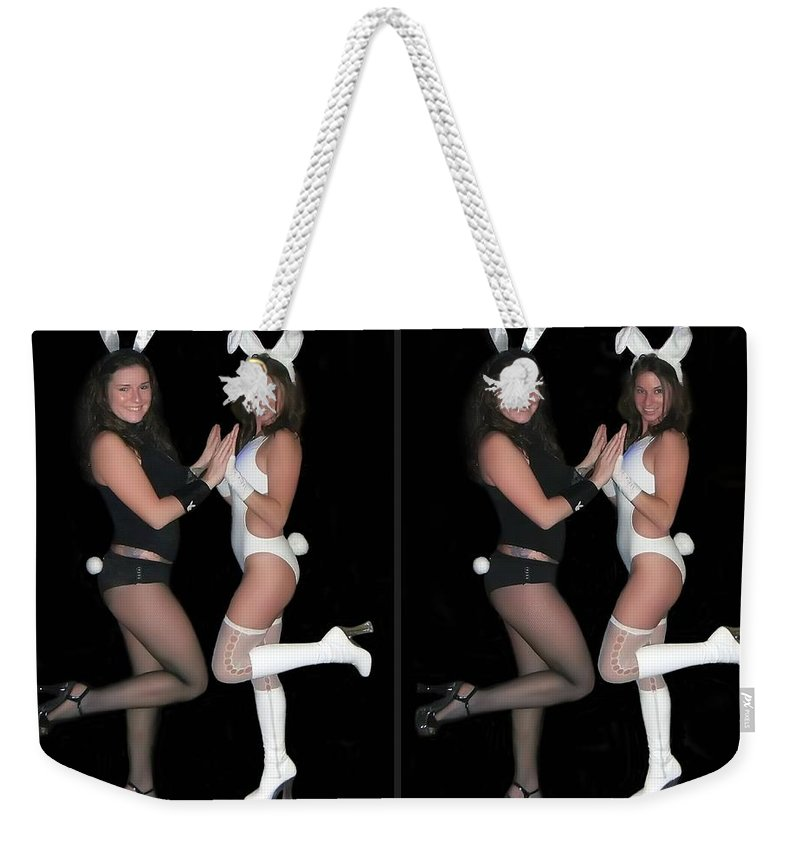 3d Weekender Tote Bag featuring the photograph Hoppy Easter - Gently Cross Your Eyes And Focus On The Middle Image by Brian Wallace
