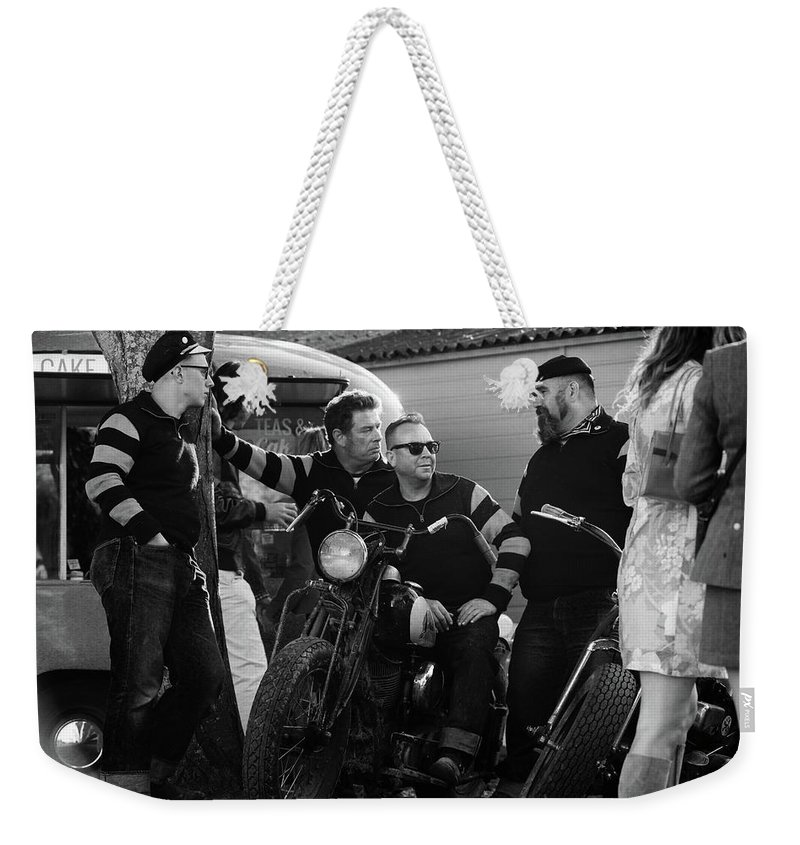 Gang Weekender Tote Bag featuring the photograph Hornets Chilling by Robert Phelan