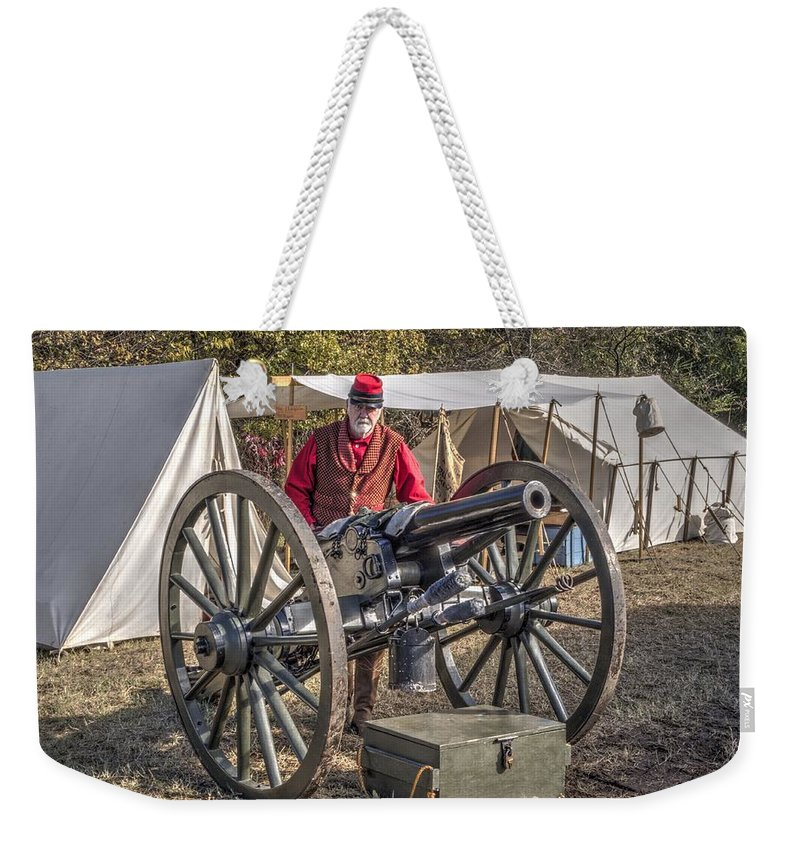 Howitzer Weekender Tote Bag featuring the photograph Howitzer Battle Of Honey Springs V3 by John Straton
