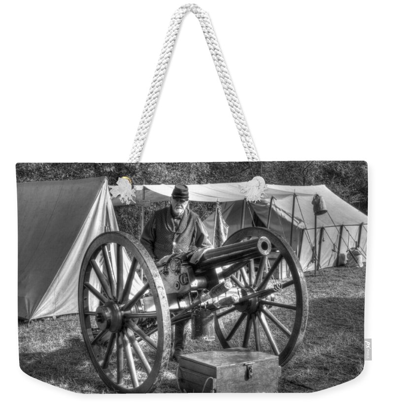 Howitzer Weekender Tote Bag featuring the photograph Howitzer Battle Of Honey Springs V4 by John Straton