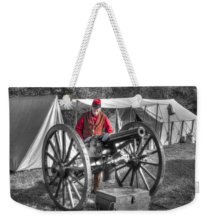 Howitzer Weekender Tote Bag featuring the photograph Howitzer Battle Of Honey Springs V5 by John Straton