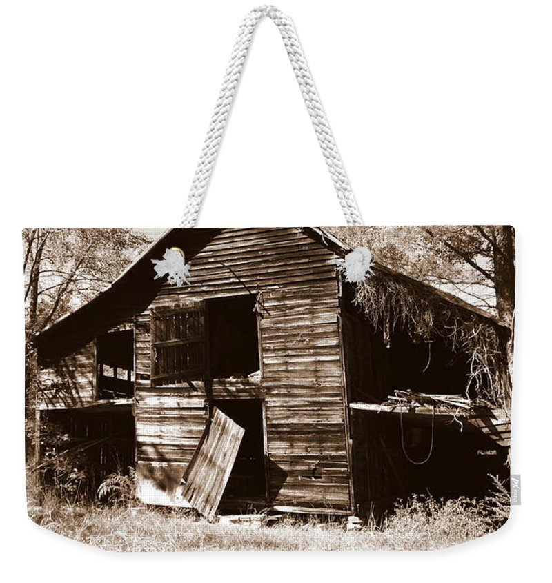 Barns Weekender Tote Bag featuring the photograph I Have Seen Better Days Psalm 147 3 Sepia by Lisa Wooten