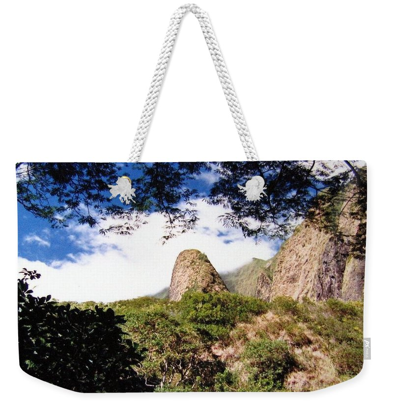 1986 Weekender Tote Bag featuring the photograph Iao Valley by Will Borden