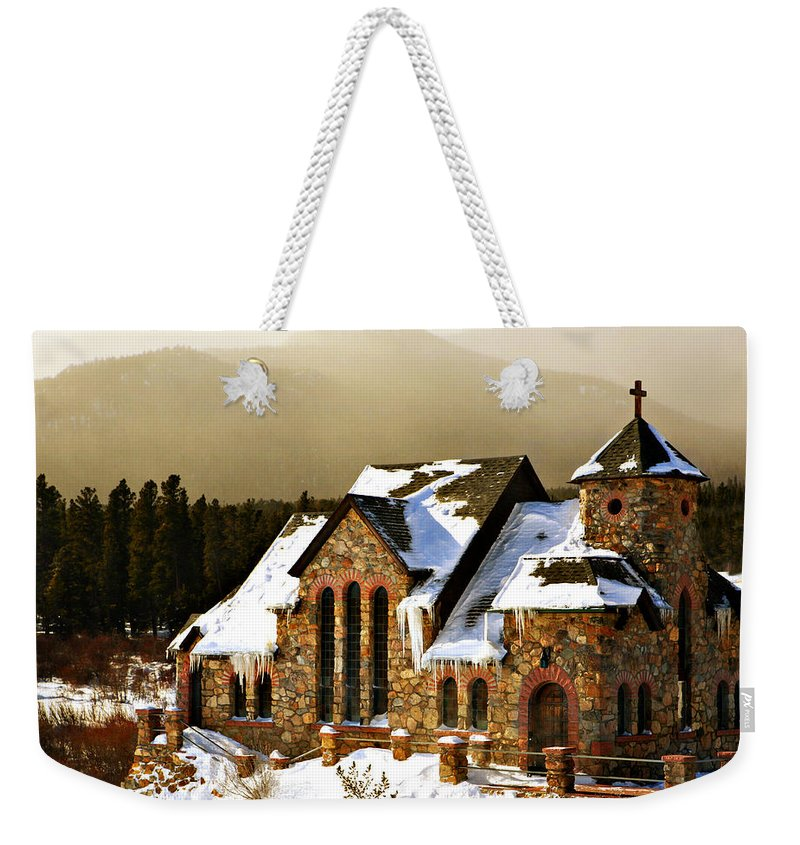 Americana Weekender Tote Bag featuring the photograph Icicles by Marilyn Hunt