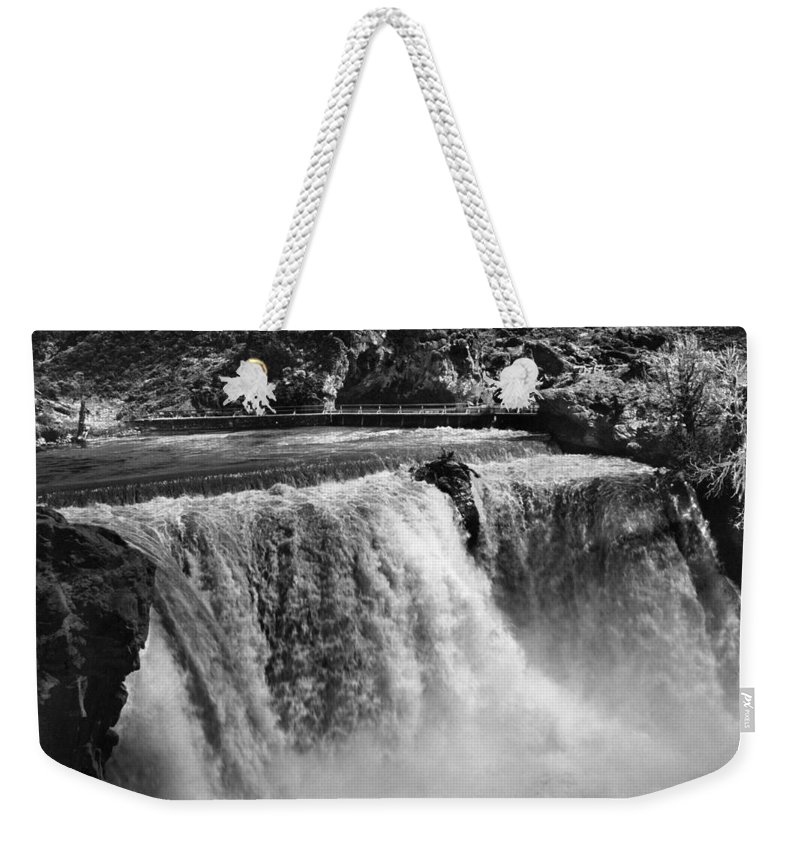 1915 Weekender Tote Bag featuring the photograph Idaho: Bridal Veil Falls by Granger