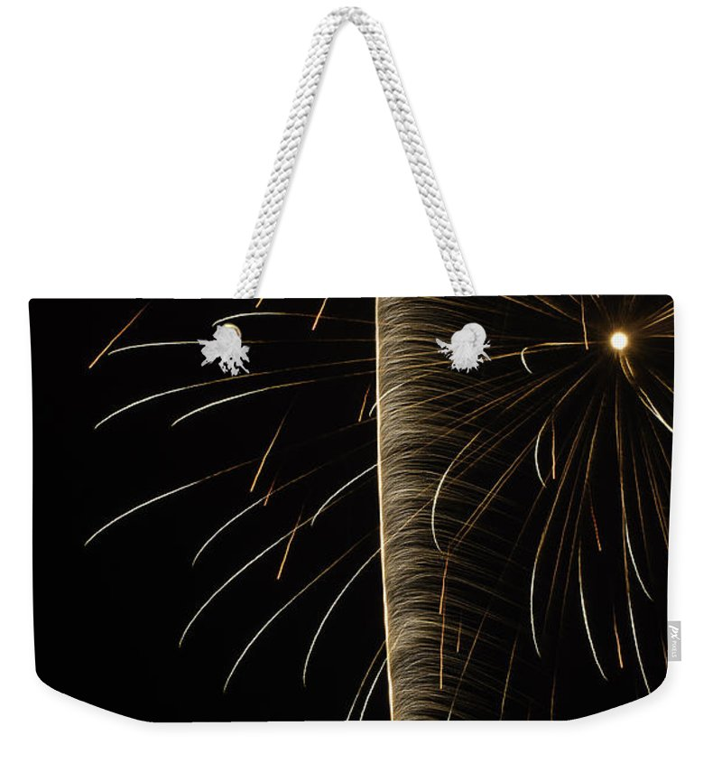 Weekender Tote Bag featuring the photograph Independance IIi by Michael Nowotny