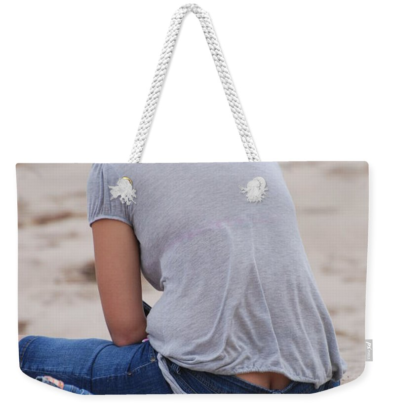 Girl Weekender Tote Bag featuring the photograph Indiana Girl by Rob Hans