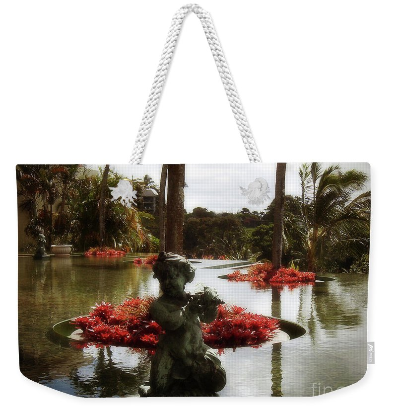 Hawaii Weekender Tote Bag featuring the photograph Infinity Pool by Paulette B Wright