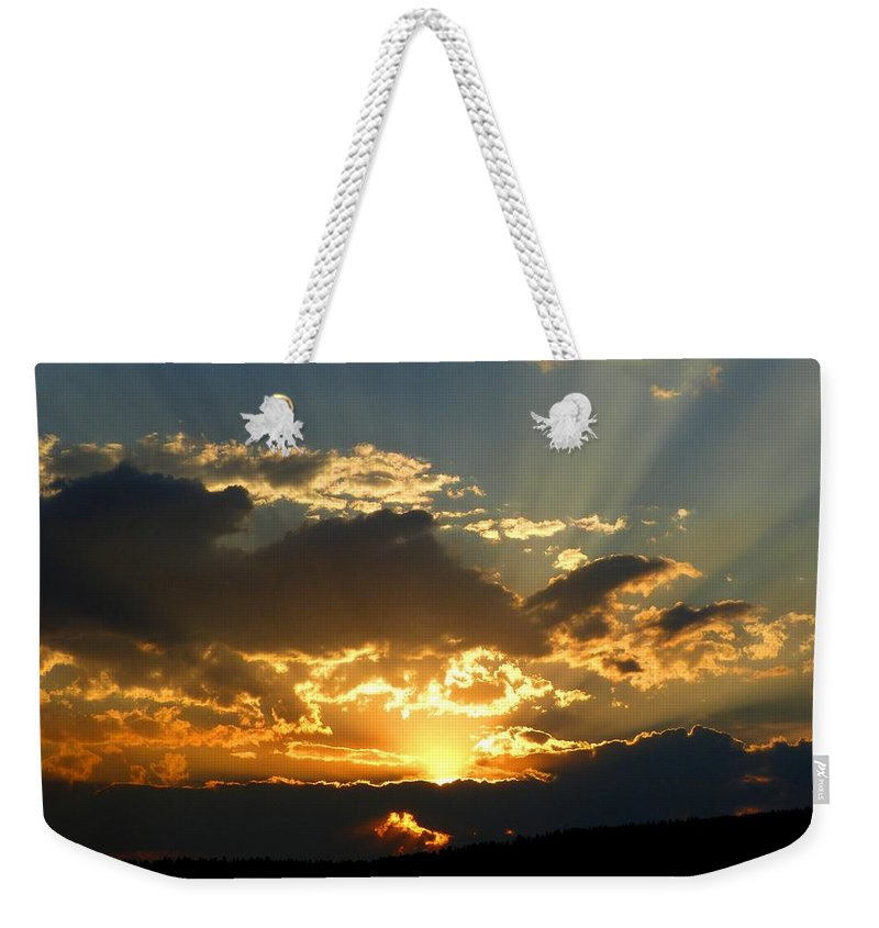 Inspiring Weekender Tote Bag featuring the photograph Inspiring Beauty by Will Borden