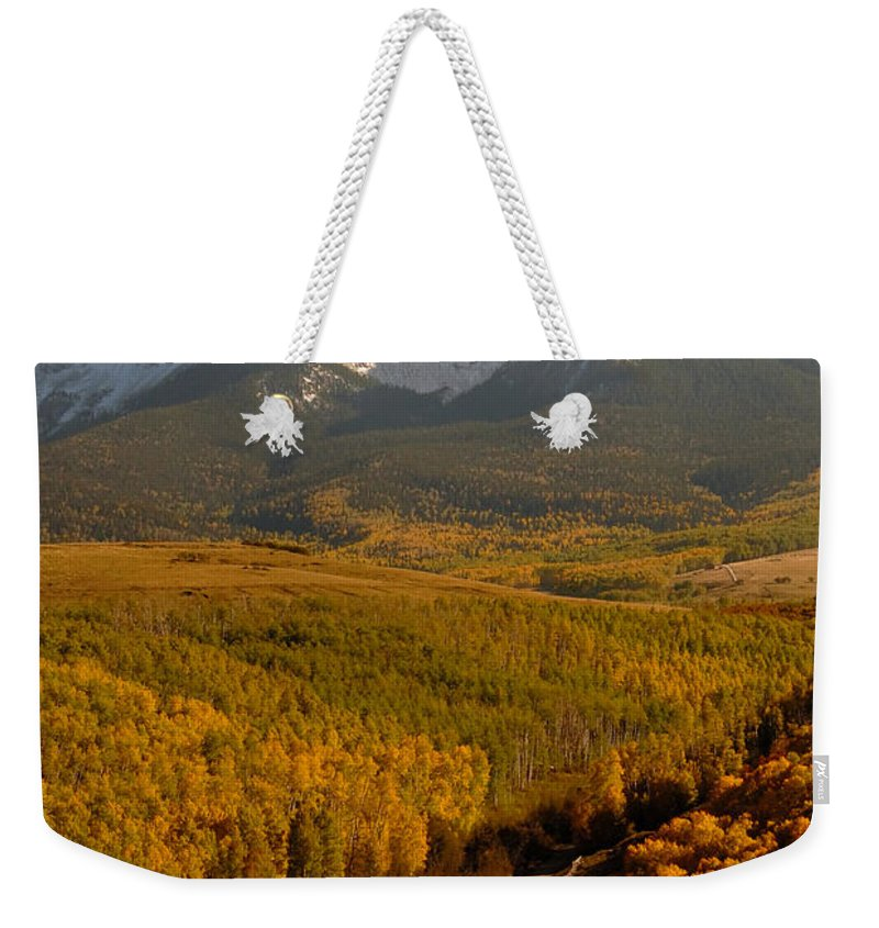 San Juan Mountains Weekender Tote Bag featuring the photograph Into The Mountains by David Lee Thompson