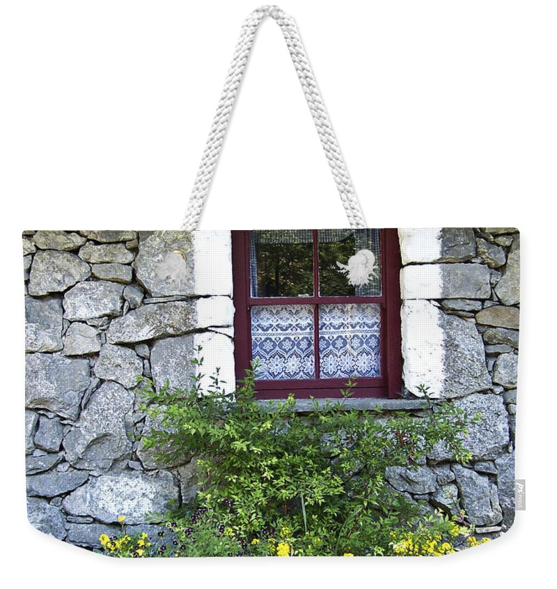 Irish Weekender Tote Bag featuring the photograph Irish Cottage Window County Clare Ireland by Teresa Mucha