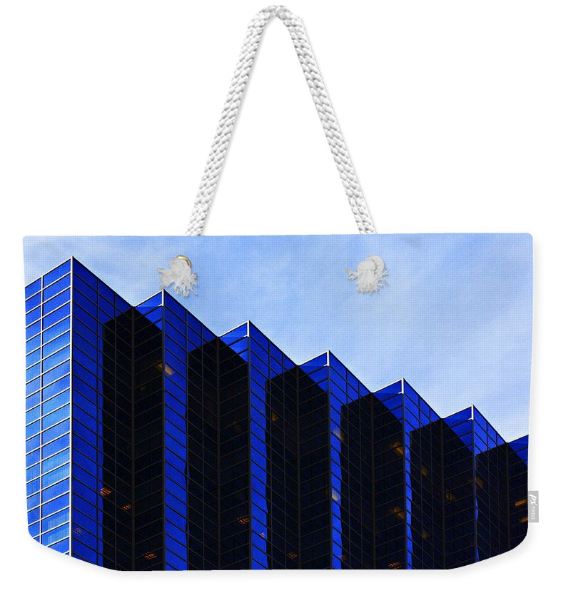 Architecture Weekender Tote Bag featuring the photograph Jagged Sky Scraper by Marilyn Hunt