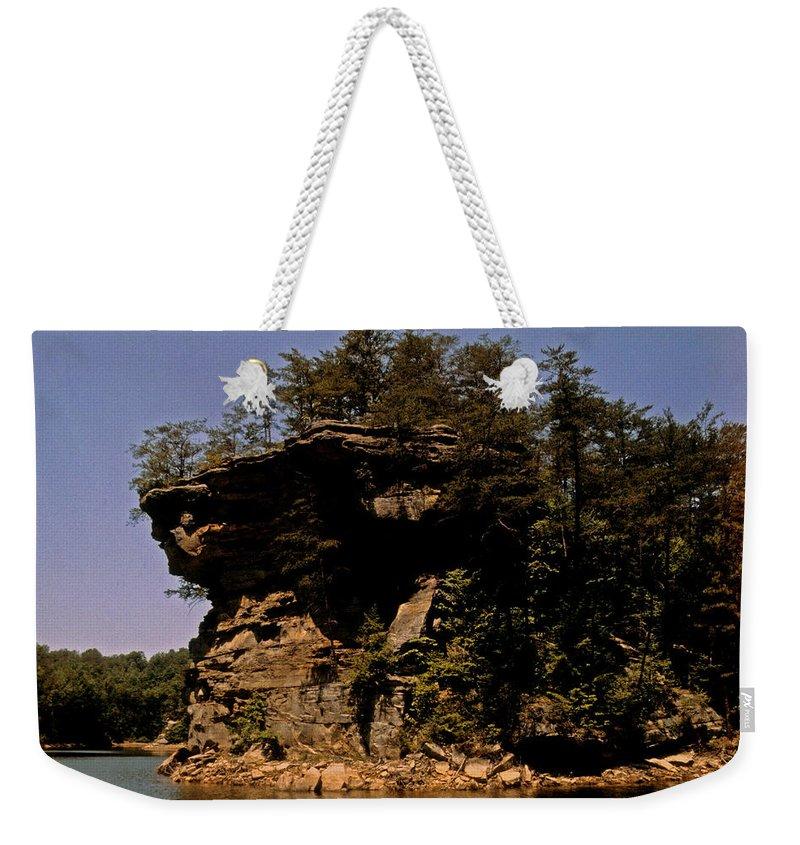 Kentucky Weekender Tote Bag featuring the photograph Kentucky Wonder by Gary Wonning