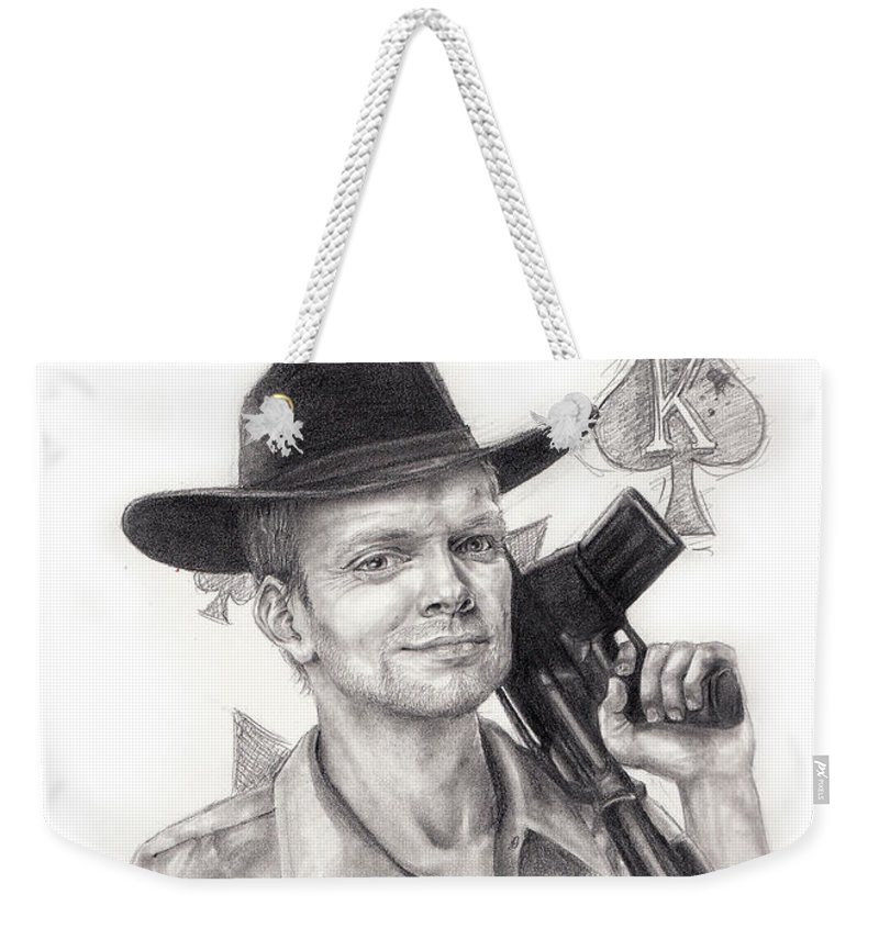 Man Weekender Tote Bag featuring the drawing King Of Clubs by Emma Olsen