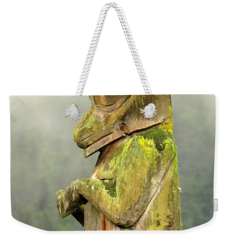Totem Weekender Tote Bag featuring the photograph Kispiox Totem by Frank Townsley