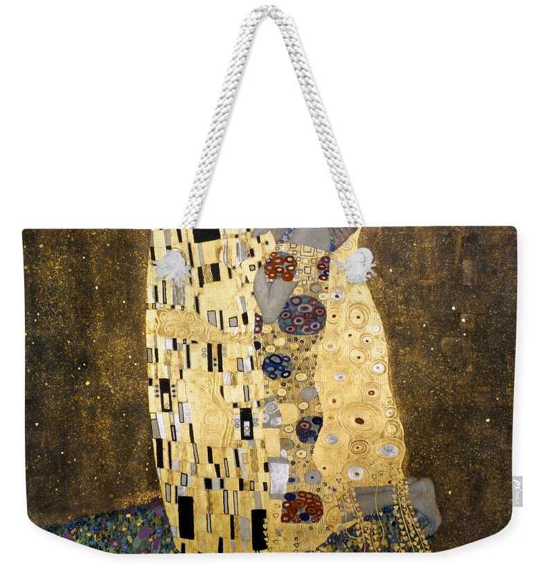1907 Weekender Tote Bag featuring the photograph Klimt: The Kiss, 1907-08 by Granger