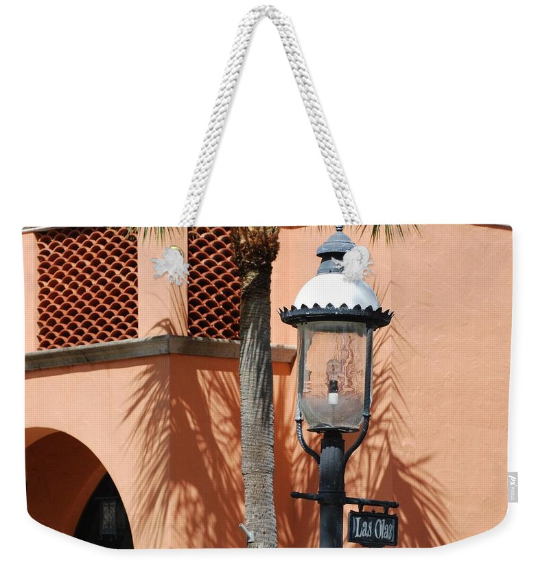 Lamp Posts Weekender Tote Bag featuring the photograph Las Olas by Rob Hans