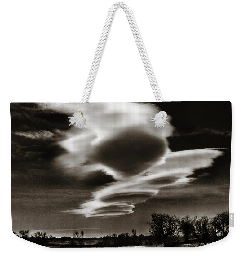 Clouds Weekender Tote Bag featuring the photograph Lenticular Clouds Of Colorado by Marilyn Hunt