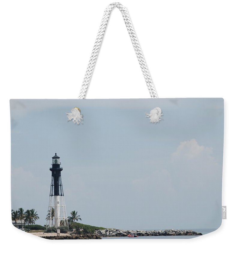 Light House Weekender Tote Bag featuring the photograph Light House Point by Rob Hans