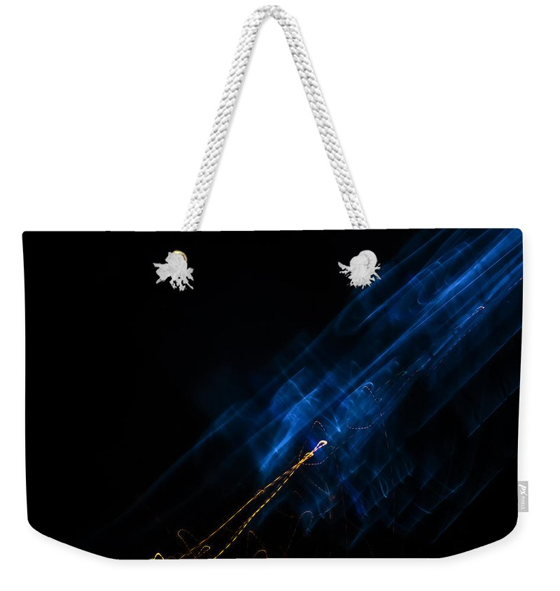 Smudge Weekender Tote Bag featuring the photograph Alien Smudge by John Williams