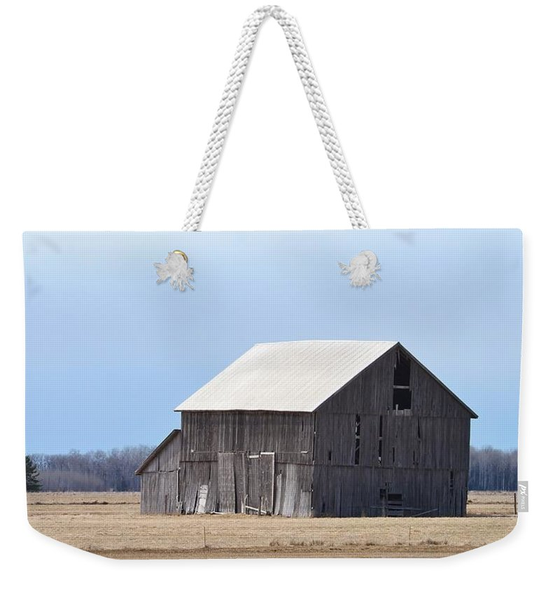 Old Barn Weekender Tote Bag featuring the photograph Little Barn On The Prairie by Teresa McGill