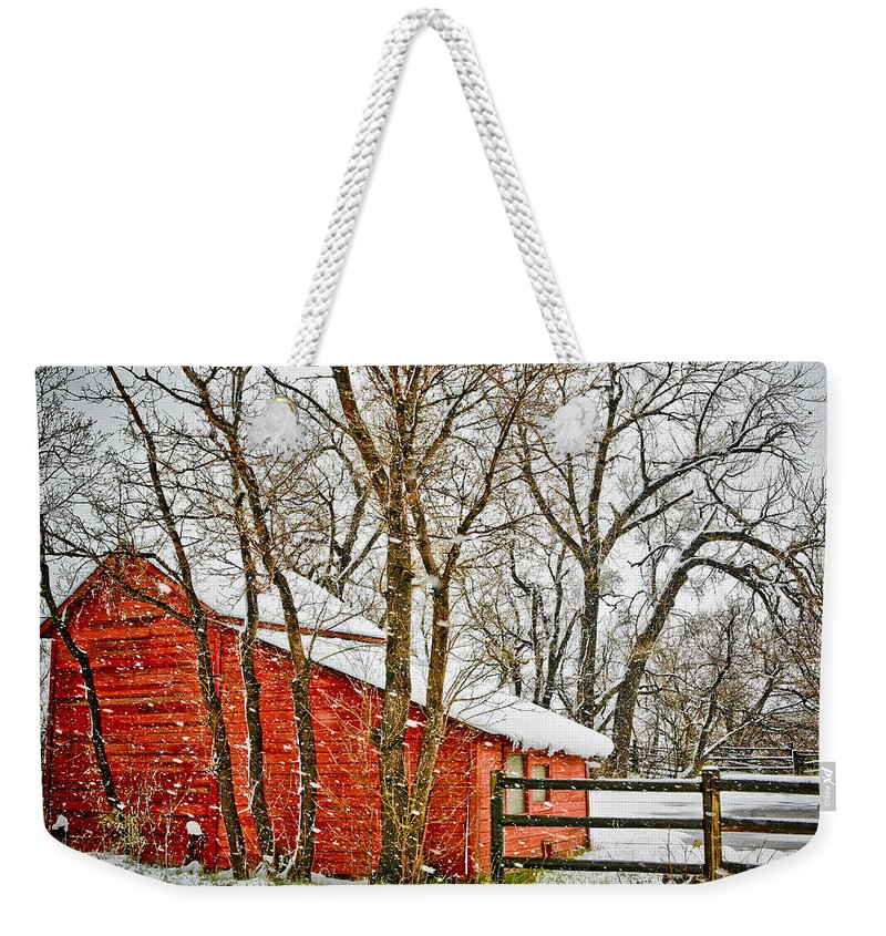 Americana Weekender Tote Bag featuring the photograph Loafing Shed by Marilyn Hunt