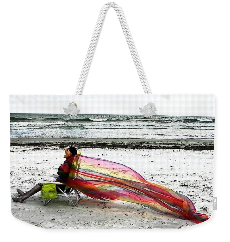 Ocean Weekender Tote Bag featuring the photograph Lola's Flair by Pattie Frost