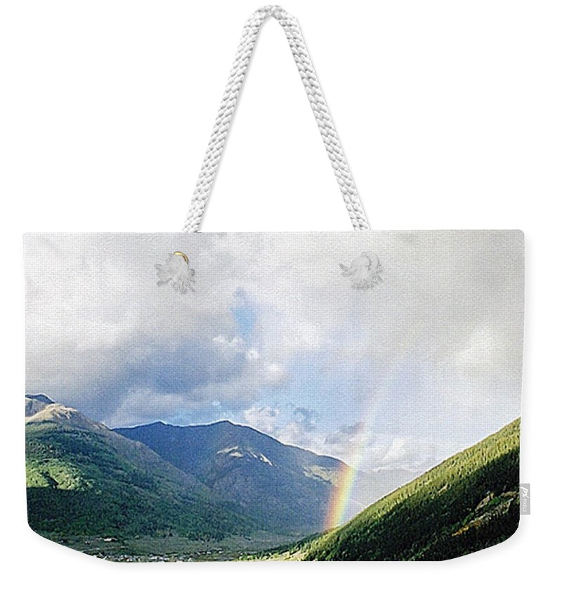 Longing Weekender Tote Bag featuring the photograph Longing by Terry Anderson