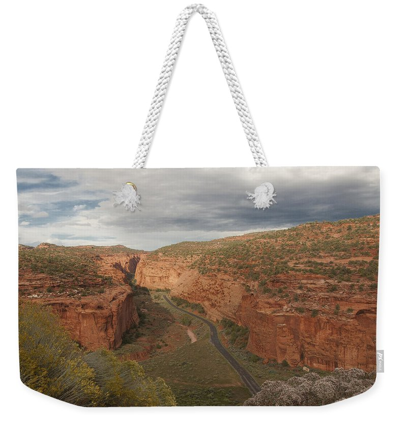 Longs Weekender Tote Bag featuring the photograph Longs Canyon 0145 by Bob Neiman
