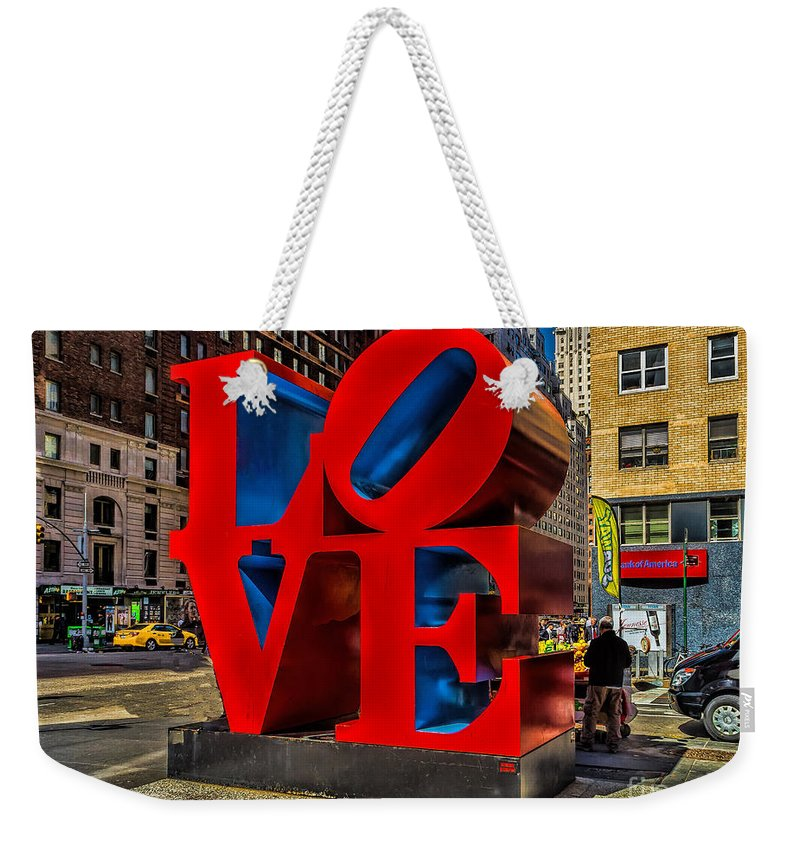 City Weekender Tote Bag featuring the photograph Love In Nyc by Nick Zelinsky