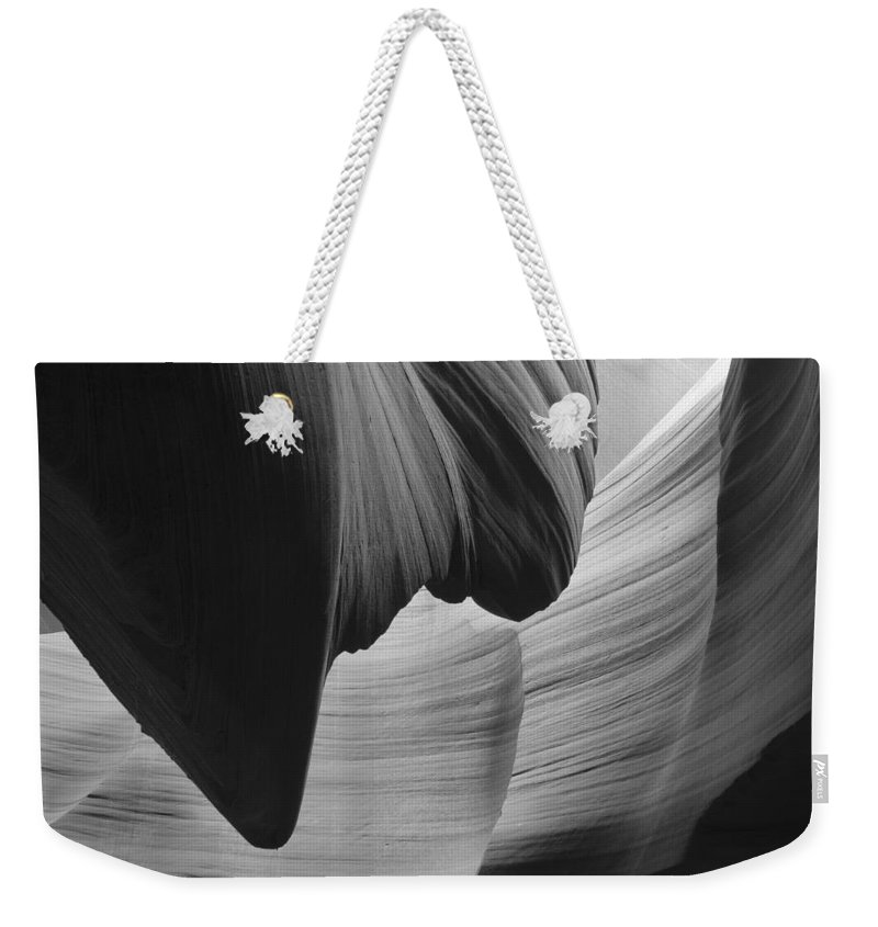 Slot Weekender Tote Bag featuring the photograph Lower Antelope Canyon 2 7923 by Bob Neiman